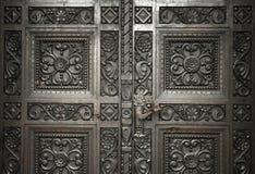 wycięte drzwi drewniane Obrazy Royalty Free