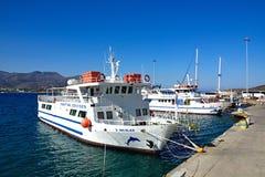 Wycieczek turysycznych łodzie, Agios Nikolaos Obraz Stock
