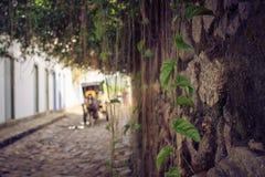 Wycieczka turysyczna historyczny centrum Paraty zdjęcia stock