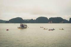 Wycieczka turysyczna Piękna wyspa Tajlandia zdjęcie royalty free