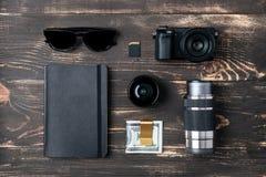 Wycieczki pojęcie - rzeczy mężczyzna akcesoria i odzież Fotografia Royalty Free