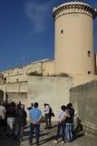 Wycieczki turysycznej Poprzedni więzienie wojskowe Obrazy Stock