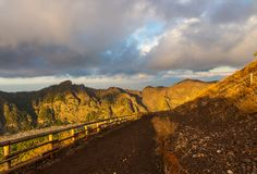 Wycieczkować ślad wzdłuż skłonu góra Vesuvius, Włochy obraz royalty free