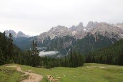 Wycieczkować W Włochy, Pięknych dolomitach/ zdjęcia royalty free