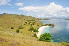 Wycieczkować Wokoło menchii plaży Zdjęcia Stock