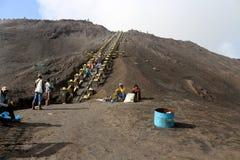 Wycieczkować krater góra Bromo Obrazy Stock
