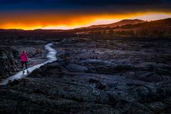 Wycieczkowicz w kraterze księżyc Krajowy zabytek Fotografia Stock