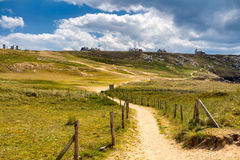 Wycieczkujący ślad na breton sunie Brittany Bretagne, Francja Zdjęcia Royalty Free