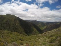 Wycieczkujący sierra Chicas w Casa Bamba till San Roque, CÃ ³ rdoba, Argentyna zdjęcia stock