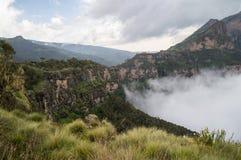 Wycieczkujący w Simien górach, Etiopia Zdjęcie Stock