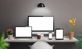 Wyczuleni przyrząda na biurku z ekranem dla mockup ilustracja wektor