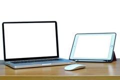 Wyczulony sieć projekt na laptopu i pastylki komputerze osobistym , odizolowywający Obrazy Royalty Free