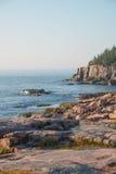 Wydrowe falezy w tle z cegiełkami Różowe Granitowe skały obrazy royalty free