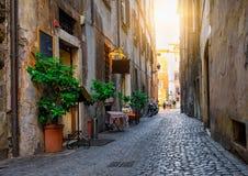 Wygodna ulica w Rzym, Włochy zdjęcia stock