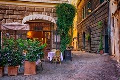 Wygodna ulica w Rzym, Włochy fotografia royalty free