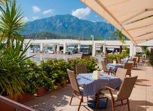 Wygodna Uliczna kawiarnia w Kemer, Turcja Zdjęcie Royalty Free