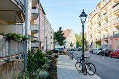 Wygodny podwórze z wzrosta budynkiem w Nuremberg Niemcy zdjęcie royalty free
