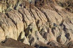 Wygryzeni badlands Przy Śmiertelną doliną Fotografia Royalty Free
