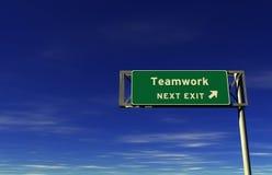 wyjścia autostrady znaka praca zespołowa obraz stock