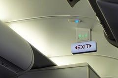 Wyjście ewakuacyjne znak i toaleta znak Obraz Stock