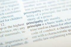 Wyjaśnienie słowo zasada w słowniku obrazy stock