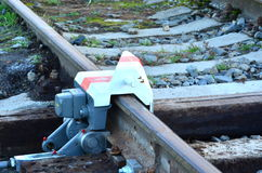 Wykoleja przyrząd na linii kolejowej linii Obraz Royalty Free