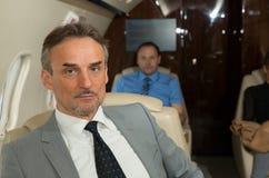 Wykonawczy business manager w samolotowym portrecie Obrazy Stock