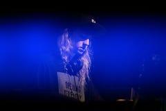Wykonuje przy sonaru festiwalem kaszmirowy kot muzyk, producent, DJ i turntablist (,) obraz stock