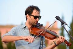 Wykonuje przy Vida festiwalem Andrew ptak muzyk, kompozytor i instrumentalista (,) obrazy royalty free