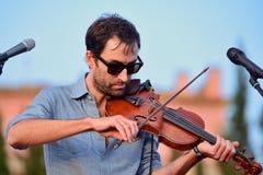 Wykonuje przy Vida festiwalem Andrew ptak muzyk, kompozytor i instrumentalista (,) obrazy stock