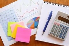 Wykresu kalkulator i papier Obrazy Stock