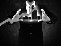 Wykresy na rękach biznesmeni Zdjęcie Stock