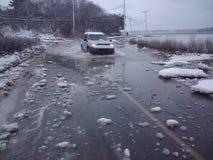Wylew drogi w zimie Zdjęcie Royalty Free