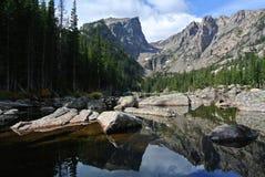 Wymarzony jezioro, Skalistej góry park narodowy, Kolorado obrazy stock