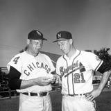 Wynn temprano y Warren Spahn Imagenes de archivo
