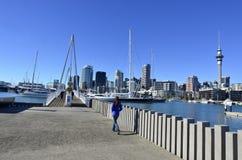 Wynyard que cruza Auckland Nova Zelândia Fotografia de Stock Royalty Free