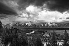 Wyoming Tetons storslagen Tetons nationalpark Snake River fotografering för bildbyråer