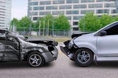 Wypadek samochodowy na drodze obraz royalty free