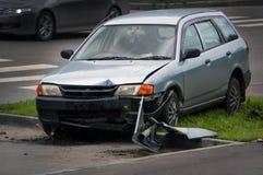 Wypadek w mieście na drodze obrazy stock