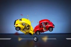 wypadkowa kraksa samochodowa uszkadzający ruch drogowy Zdjęcie Royalty Free