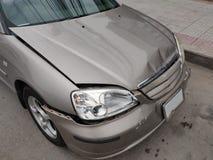 Wypadkowi samochody na ulicie zdjęcie royalty free
