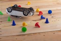 wypadkowy samochodowy samochodów trzask odizolowywający zabawkarski biel jpg Zdjęcia Royalty Free