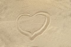 wypatroszone serce piasku beach tło Odgórny widok obraz stock