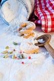 Wypiekowi ciastka lub ciastka dla Christmastime zdjęcia stock