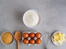 Wypiekowi składniki dla torta zdjęcia royalty free