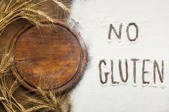 wypiekowy zdrowy Gluten bezpłatna mąka i ucho, odgórny widok obraz stock
