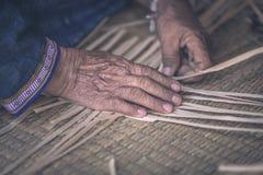 Wyplata deseniowego ręka bambusa Obraz Royalty Free