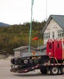 Wyposażenie przygotowywa dla lotniczego udźwigu w Alaska obrazy royalty free