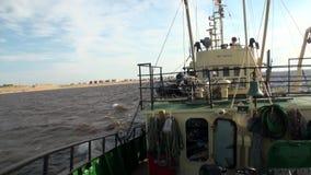 Wyprawa statek w oceanie na Nowym Ziemskim Vaigach zbiory