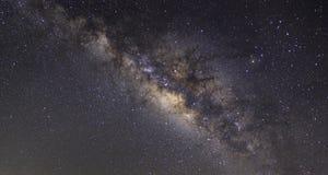 Wyraźnie milky sposób na nocnym niebie z milion gwiazdami obraz royalty free